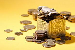 Деньги в долг: за и против.