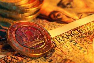 Можно ли хранить в одной копилке бумажные деньги и монеты.